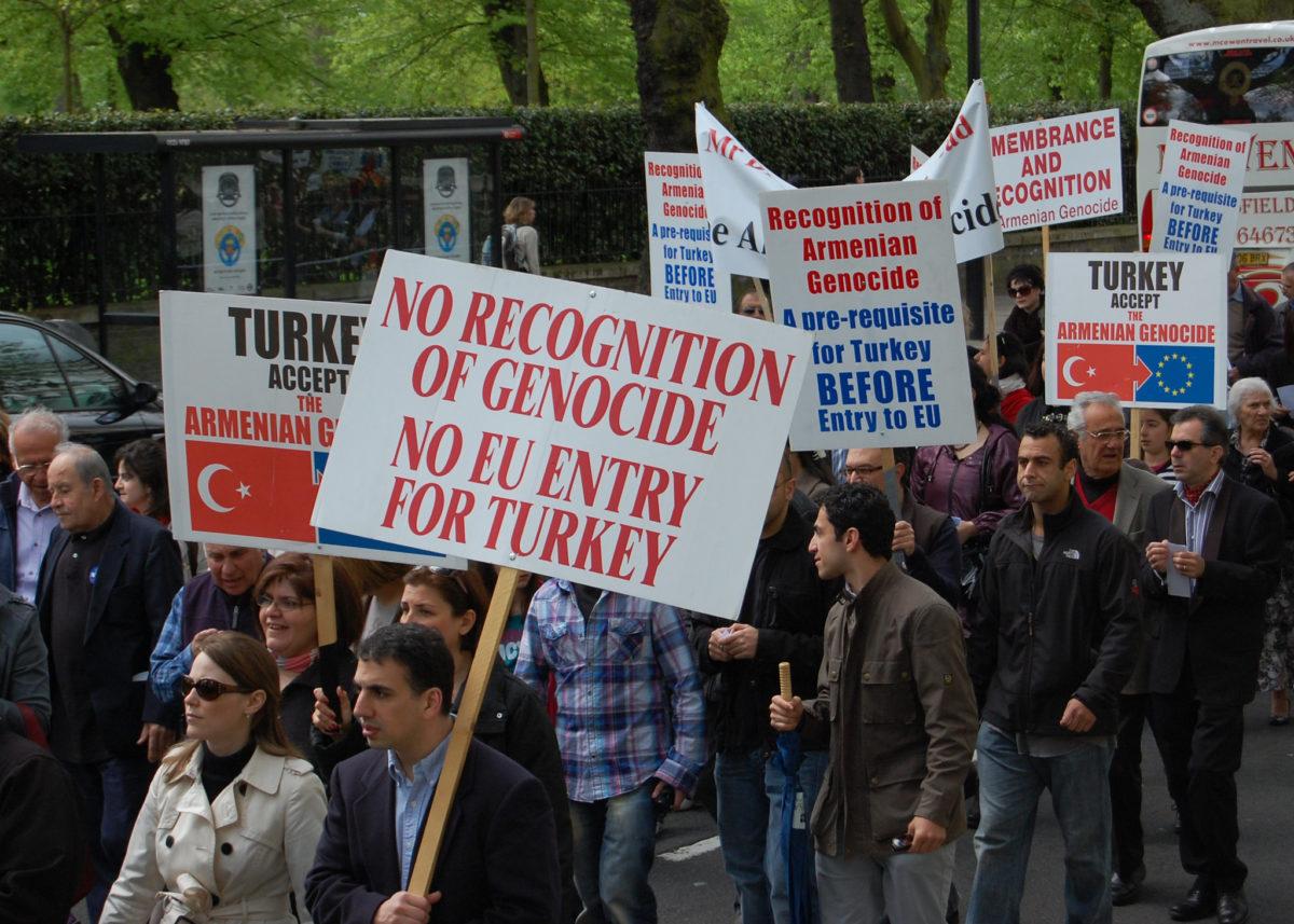 An Armenian genocide commemorative march in London in 2009. (Jason Karaian)